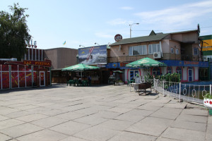 "Площадь ""Колибрис"" кафе ""Пальмира"""